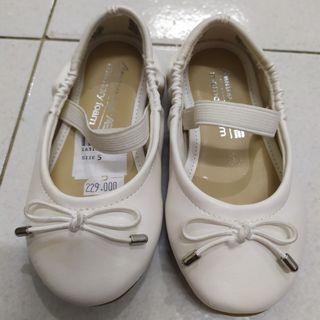 New Sepatu bayi girl branded formal size 5