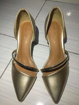 #BAPAU urban&co heels gold 5cm