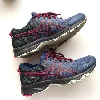 Asics Running Shoes (Eur 37/US6)