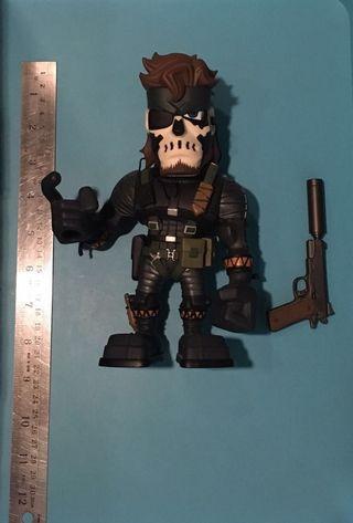 Medicom Metal Gear Solid Snake Vinyl Collector Doll (Zombie Version)