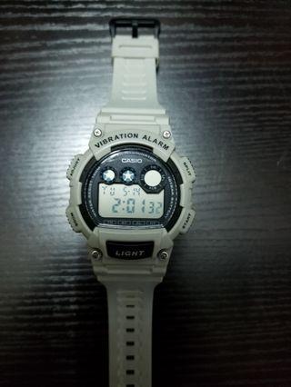 Casio watch 灰色有燈震動10 years battery