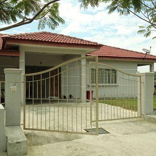Bilik sewa banglo near Seri Kembangan, UPM, Putrajaya, MINES