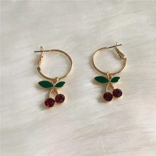 [PO] Gold Cherry Earrings