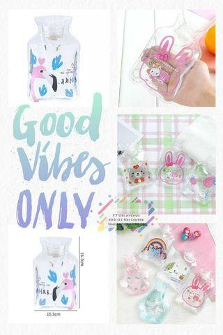 Foldable Cartoon Water Bottle Hot Pack (perfect for goody bags)