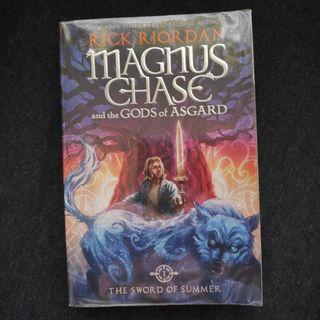 The Sword of Summer by Rick Riordan (Magnus Chase and the Gods of Asgard, #1)