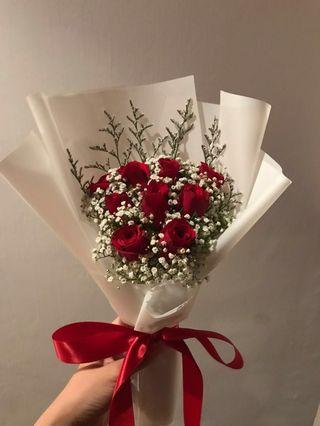 🚚 6/9 stalks red roses bouquet