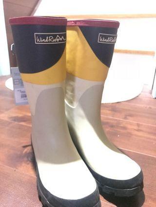 BNWT Rain Boots