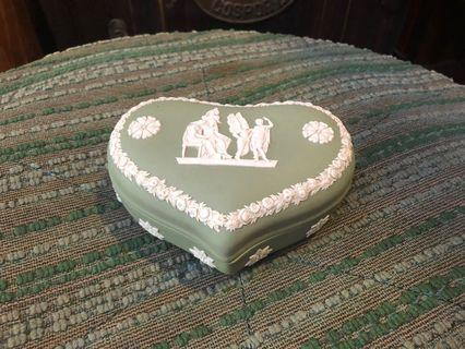 Vintage Wedgwood heart shaped trinket box