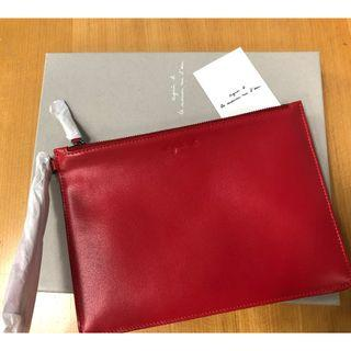 Agnes B Clutch- Chillli Red