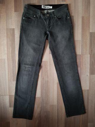 Celana Jeans mango