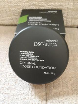 Mineral Boranica loose foundation powder
