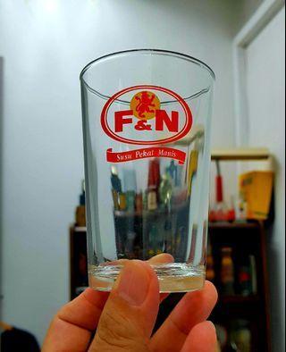 🚚 Classic NOS F&N glass