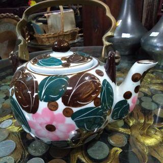 Hand painted teko ceramic antik