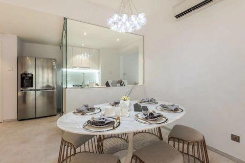 Oval Marble Dining Table + 6 stools ⭐️included delivery⭐️