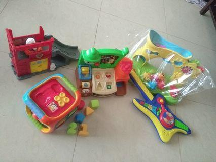 Toodler set of toys