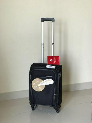 New American Tourister Cabin Luggage 4 wheel