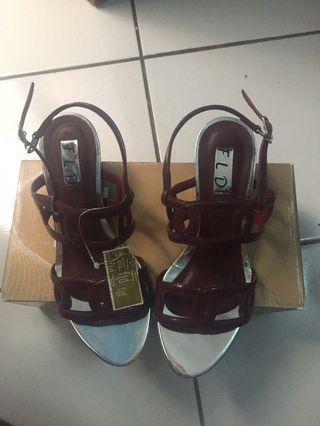 Fladeo pump heels