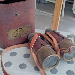 (105 years) Binoculars