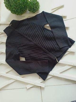 Jacket hitam