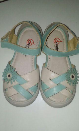 Sepatu Sendal donatello