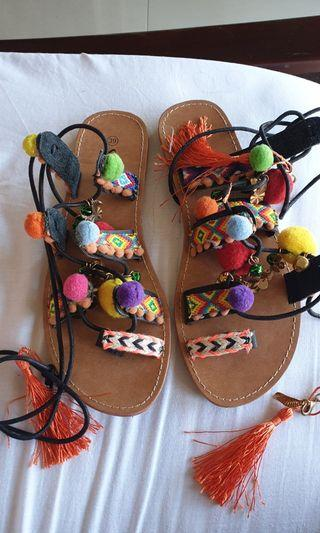 Colourful tie up sandal size39