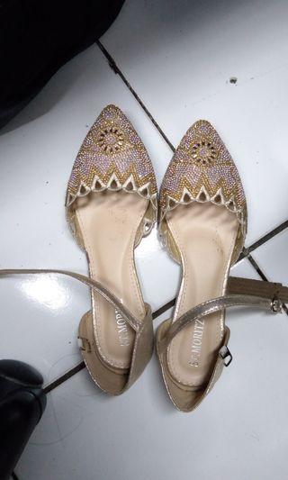 Sepatu wanita St. Moritz
