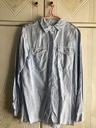 Zara denim 淺藍色長袖厚料恤衫襯衣