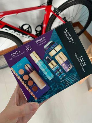 🚚 Tarte travel makeup set