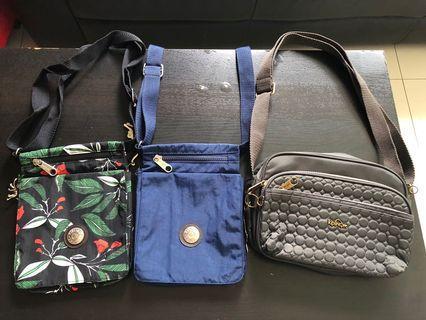 🚚 Kipling Sling Bags