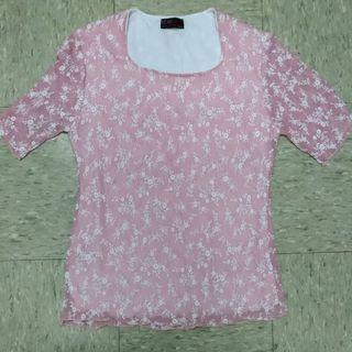 粉紅色t shirt