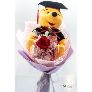 NEW JOURNEY - A GRADUATION POOH BEAR WITH A PRESERVED ROSE BOUQUET