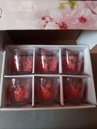 6 pcs glassware set