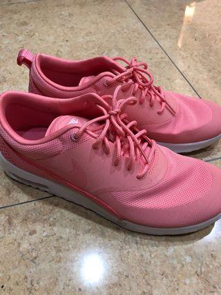 Nike 鞋 Us8.5 (穿過2次)