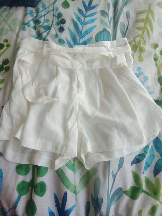 White tie shorts