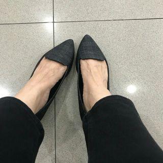 stuart weitzman flatshoes