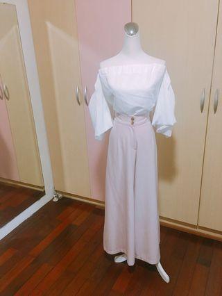 🚚 韓版氣質仙女露肩平口上衣