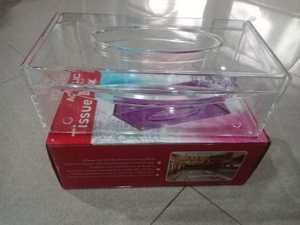 Tissue box transparan