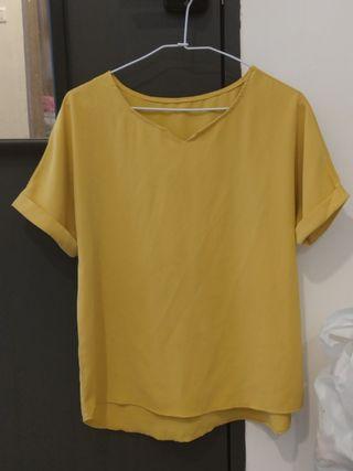 黃色雪紡上衣