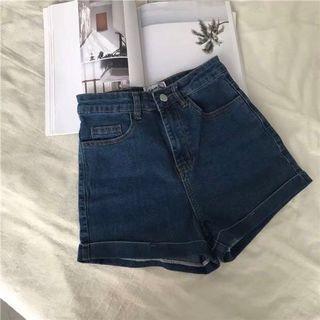 🚚 牛仔短褲