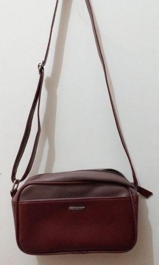 Sling Bag Sophie Martin free Sling Bag Usupso hitam