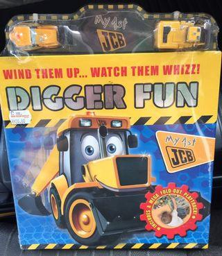 Digger Fun JCB 🚜 Fold-Out Play Track Board Book