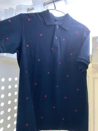 Uniqlo blue man top