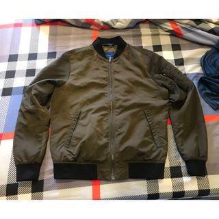 幾乎全新 ZARA 夾克 風衣外套 M 原價4980