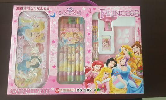 🚚 Princess and Car theme stationary set