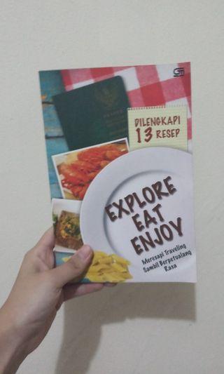 Buku tentang kuliner dan travel
