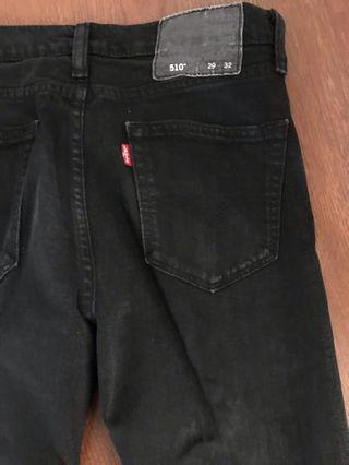 Celana Jeans Hitam levi
