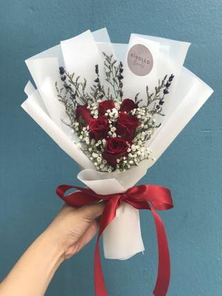 🚚 3/6/9 stalks Red roses bouquet