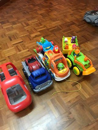 Toy truck and vehicle bundle