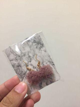 🚚 氣質粉色毛球耳環耳夾