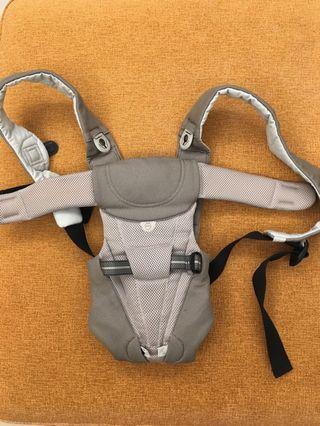 🚚 Combi T95 嬰兒揹帶